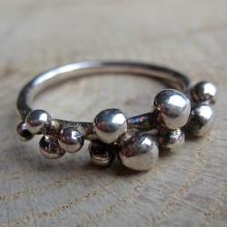 Zilveren ring bolletjes